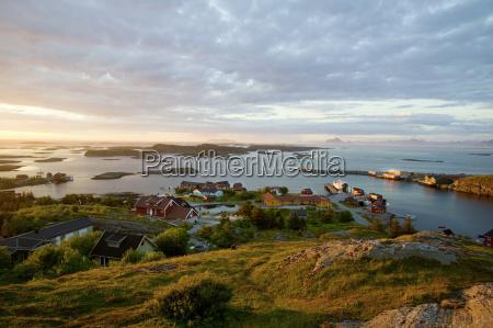 midnight sun island lovund norw