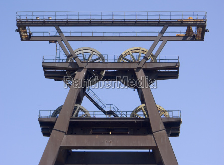 funding scaffolding loebichau 025