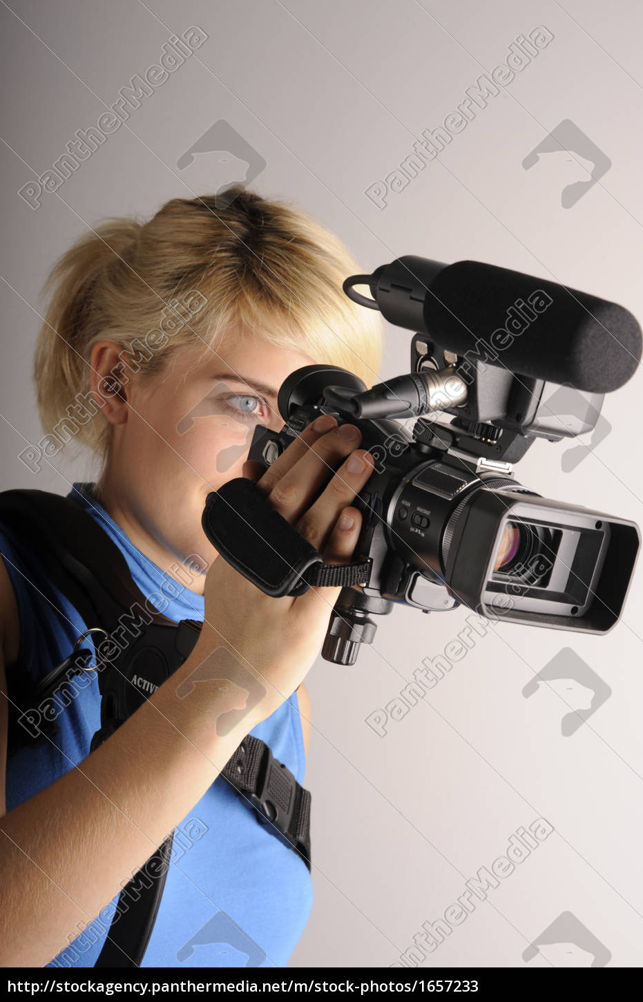 young, woman, video, camera - 1657233