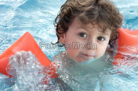boy, learning, to, swim - 1697049