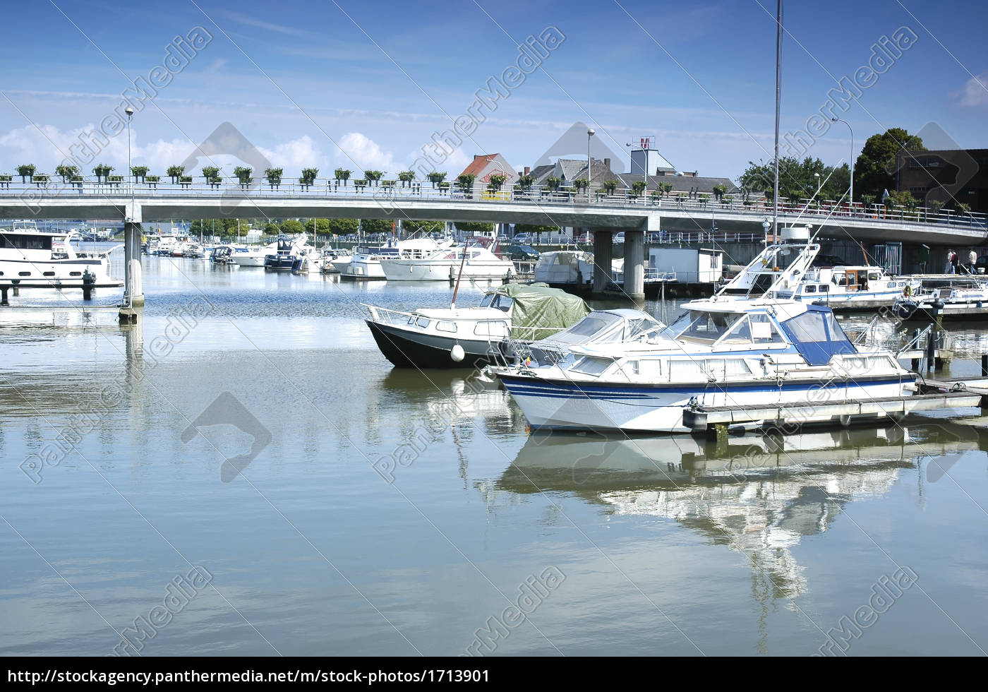 city, port, with, yacht - 1713901