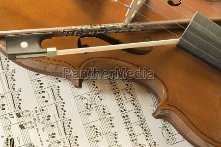 violin note quotstill lifequot - 1754377