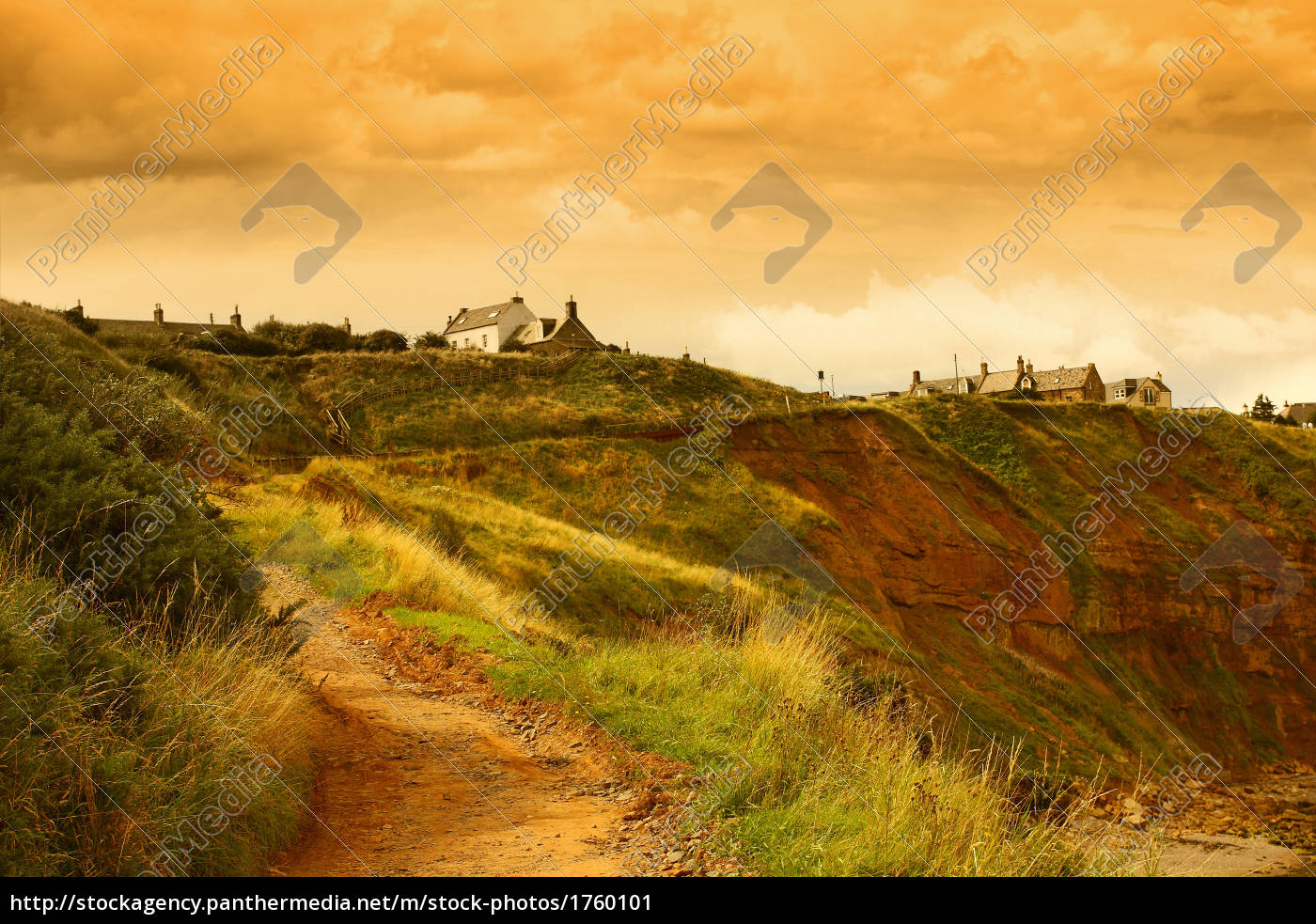 houses, on, the, rocky, hills, of - 1760101