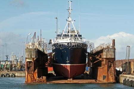 in, drydock - 1765257