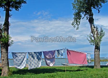 washing day at the lagoon