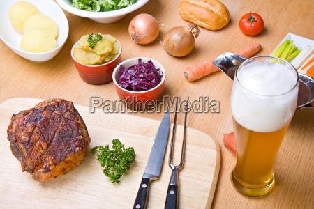 bavarian roast pork with ingredients