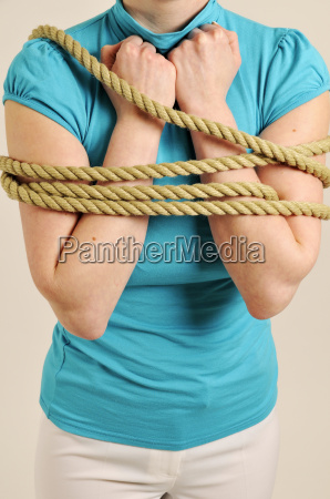 arms are tied vertical