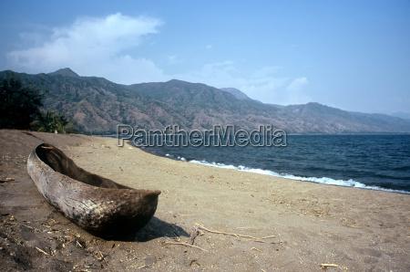 lake malawi tanzania