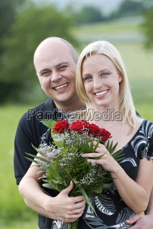 pair of red roses