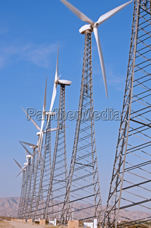turbine row vertical