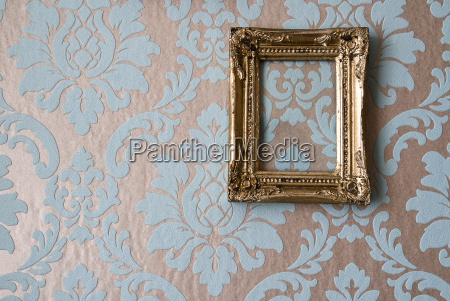 baroque picture frames on baroque wallpaper
