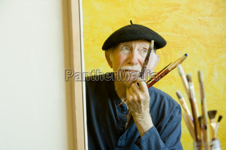 artist with a beret at a