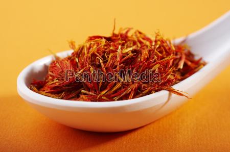 dried saffron