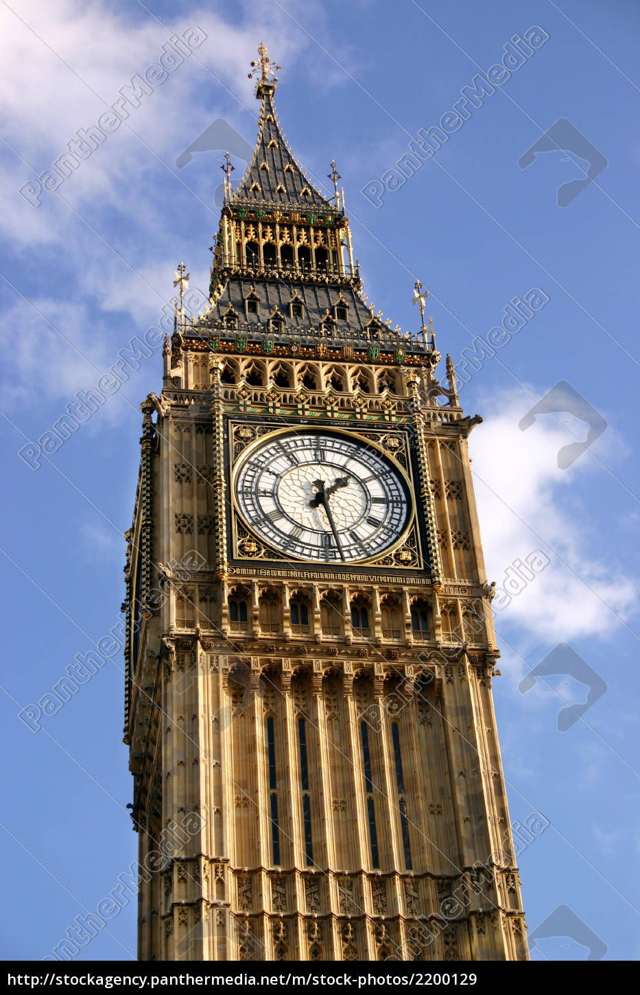 close, view, of, the, clock, face - 2200129