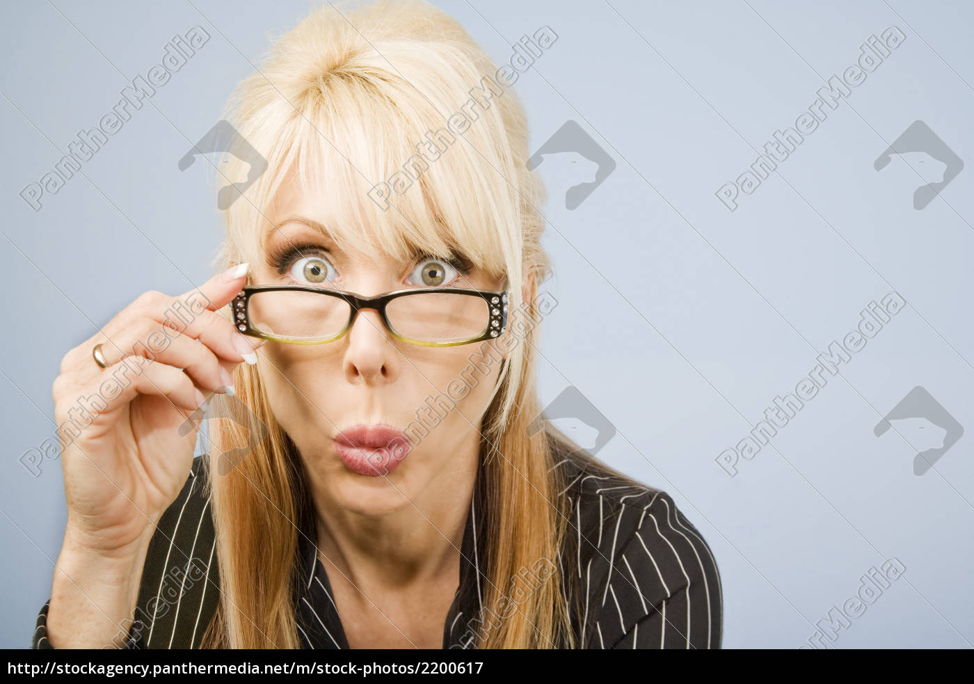 woman, looking, over, her, glasses - 2200617