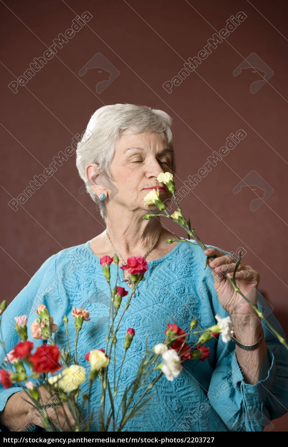 woman, with, flowers - 2203727