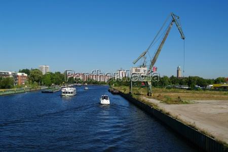 harbor tenements berlin harbours tug rowing