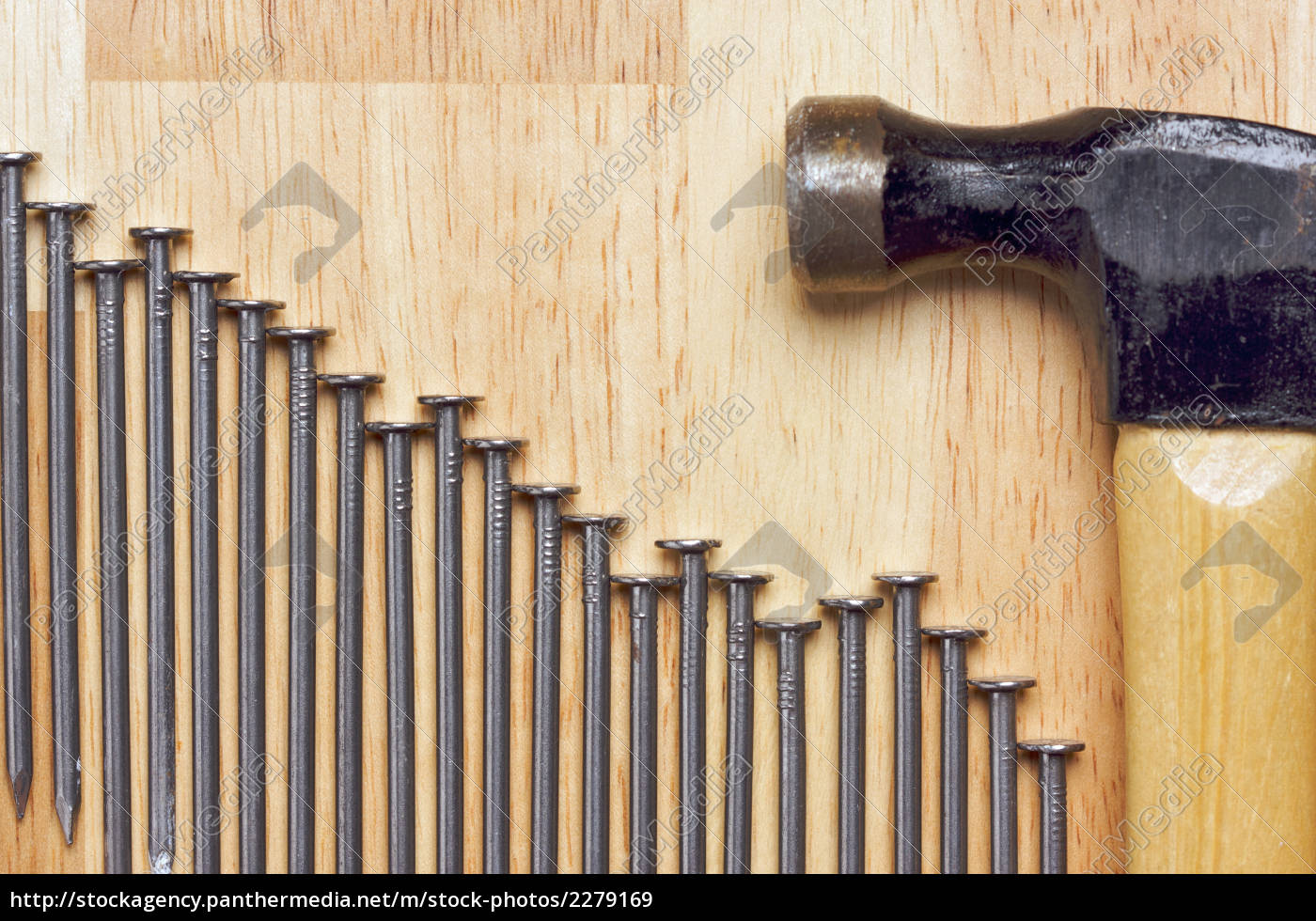 hammer, and, declining, graph, of, nails - 2279169