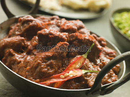 meat phall in karahi with naan