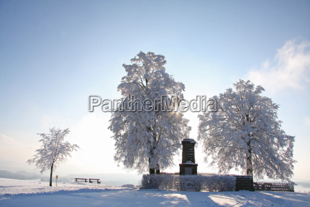 war memorial in the winter