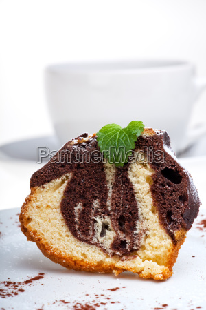 marble cake with icing sugar on