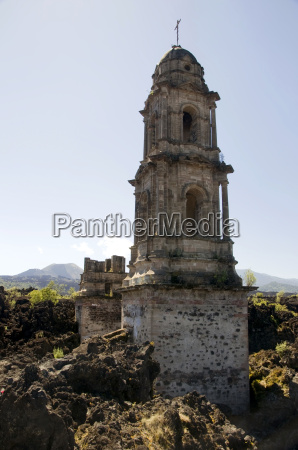 dilapidated church mexico