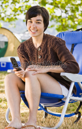 camper, text, messaging, on, cell, phone - 2822605