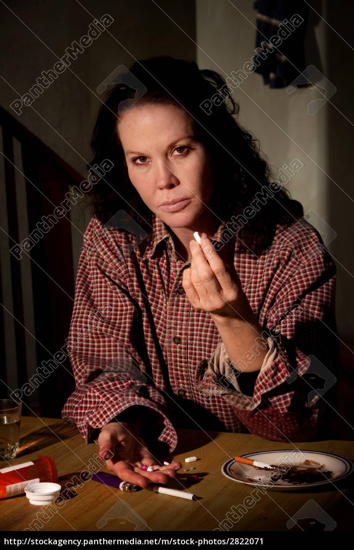 depressed, woman, with, illicit, prescription, medicine - 2822071
