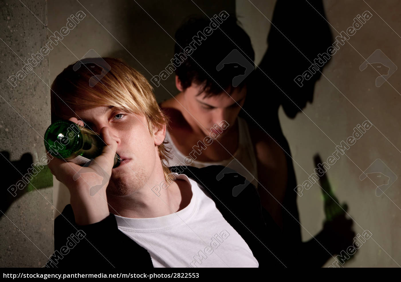 drunk, young, men, in, hallway, with - 2822553