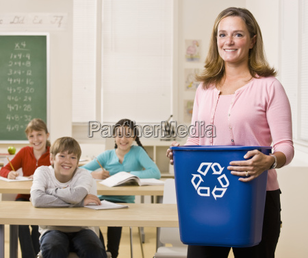 teacher, holding, recycling, bin - 2822407