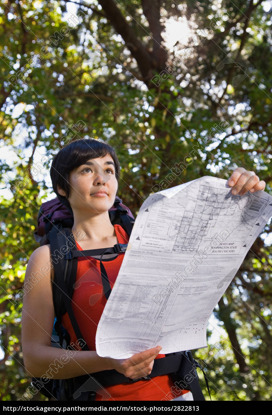 woman, with, backpack, looking, at, map - 2822813