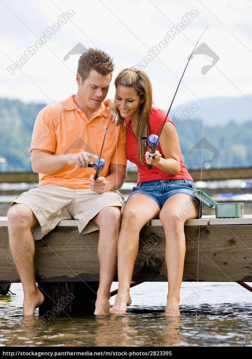 couple, fishing, on, pier - 2823395