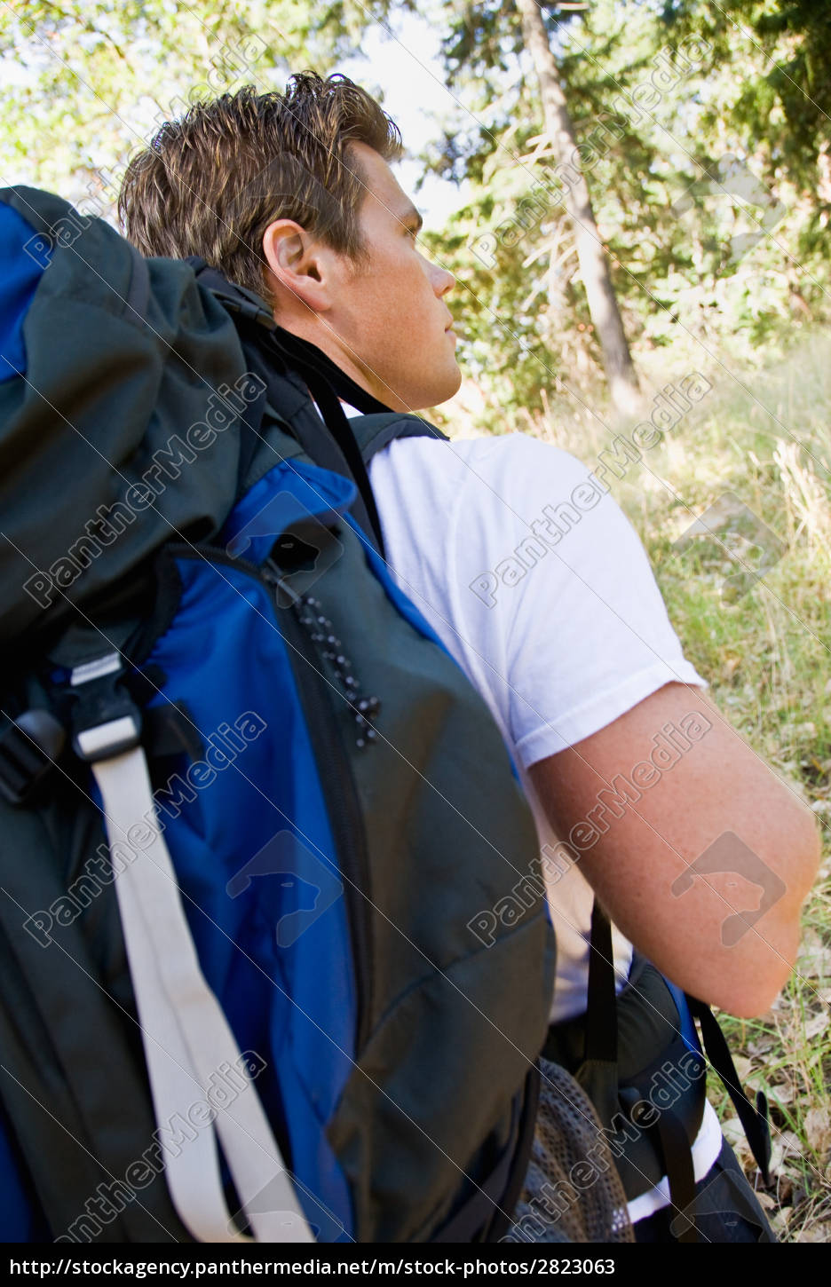 man, hiking, with, backpack - 2823063