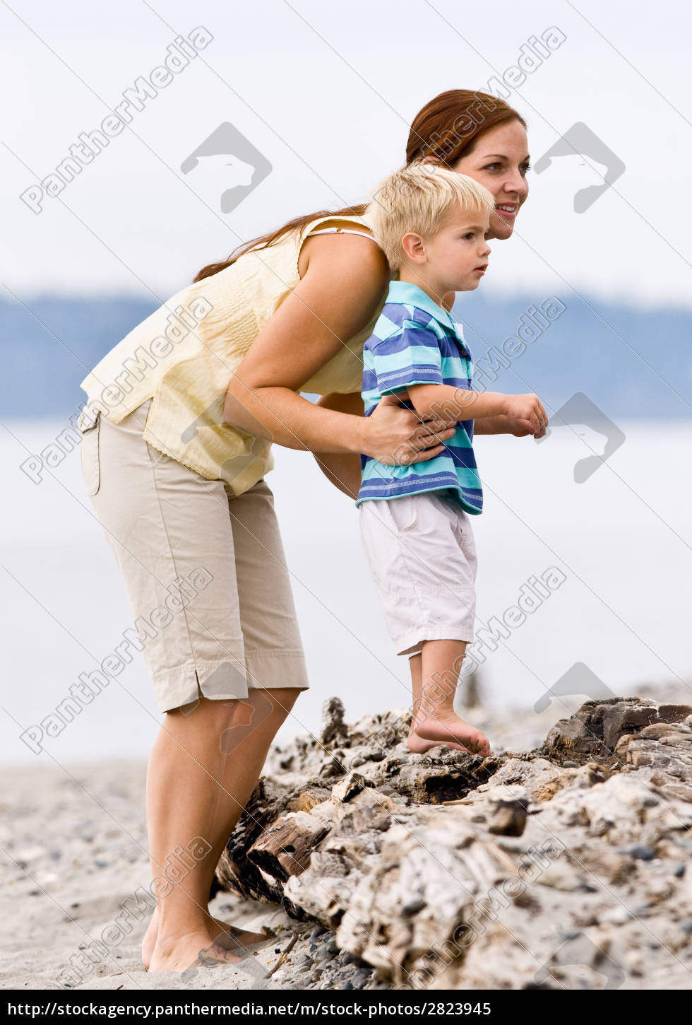 mother, and, son, at, beach - 2823945