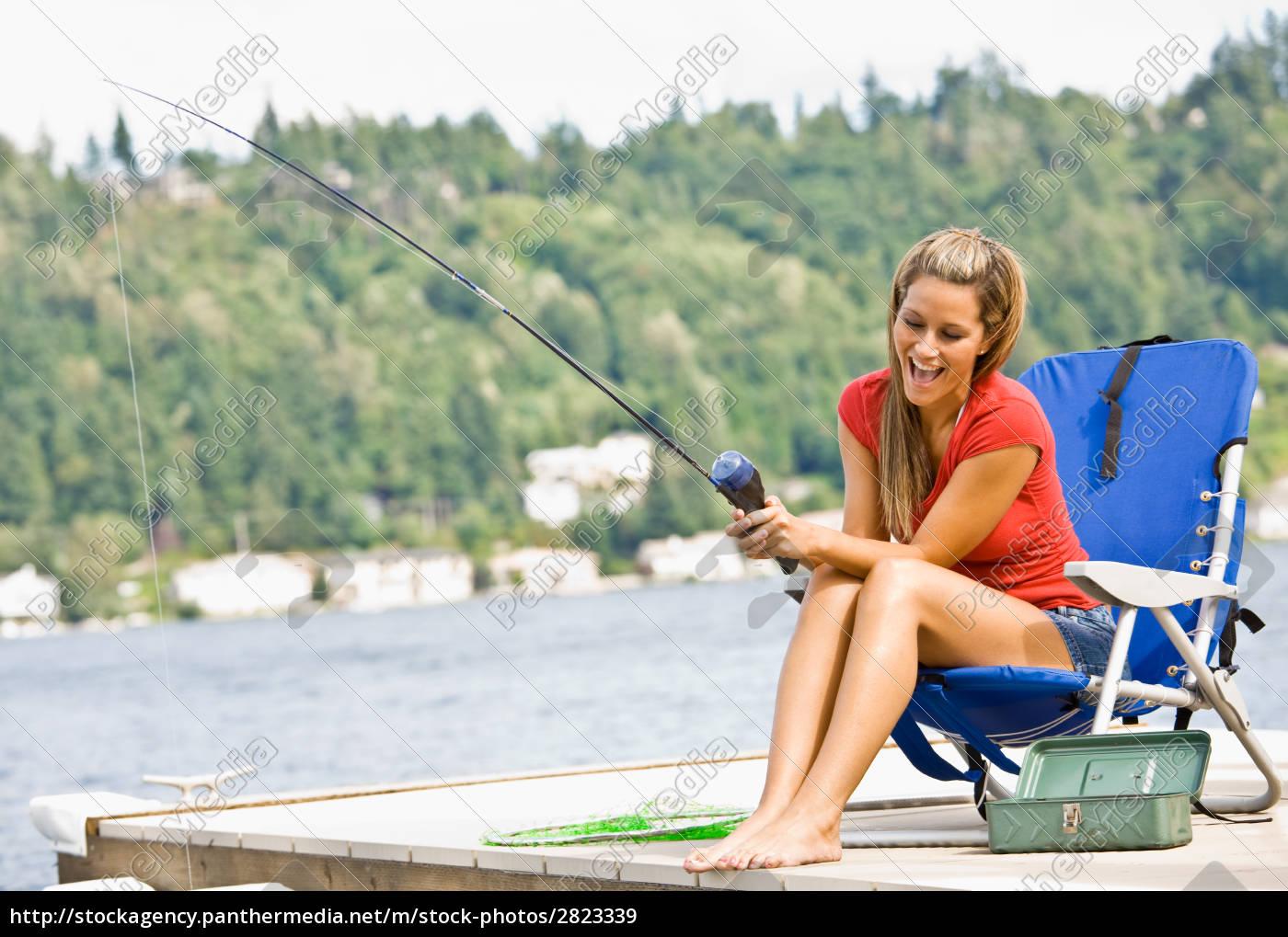 woman, fishing, on, pier - 2823339