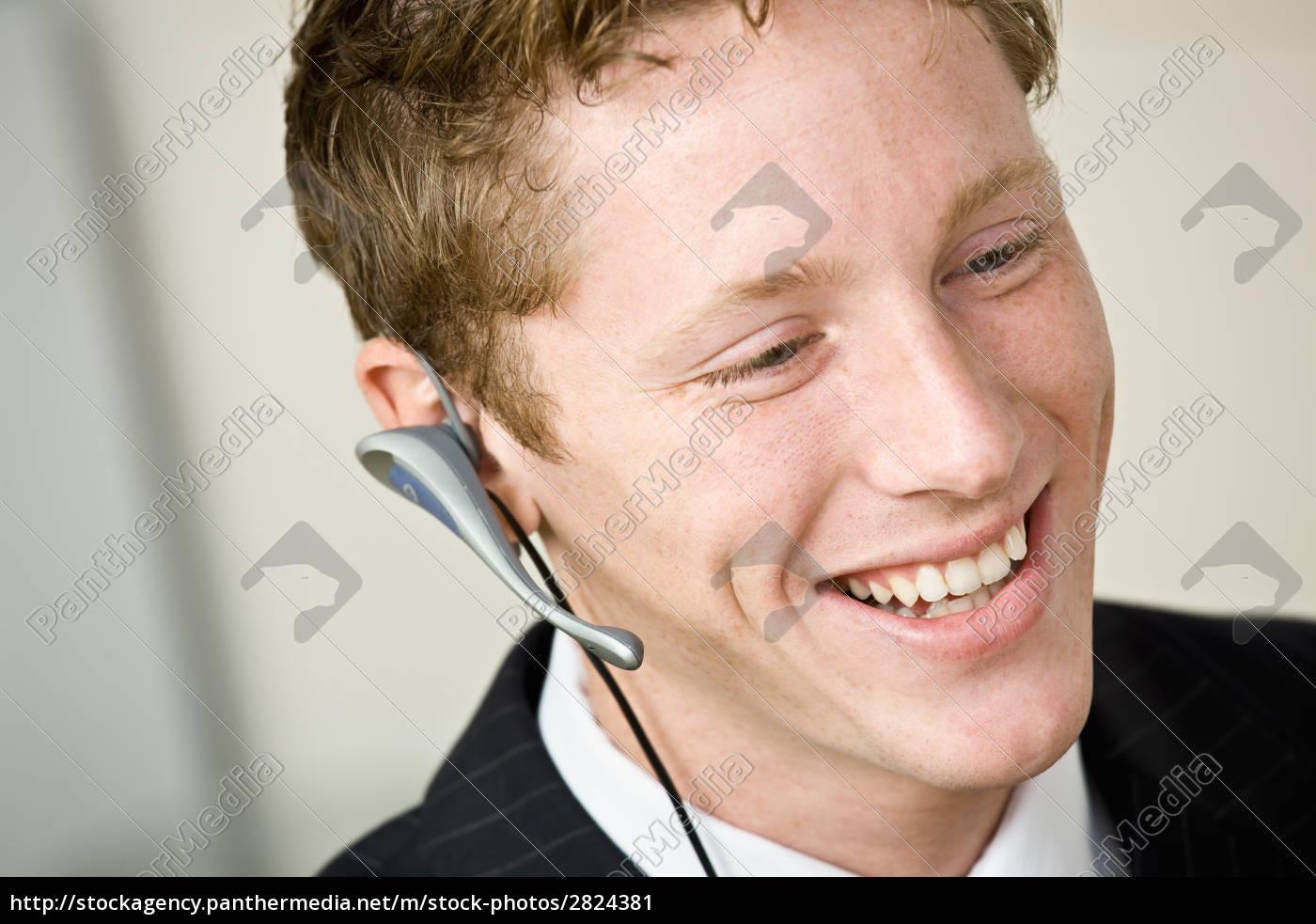 businessman, talking, on, headset - 2824381
