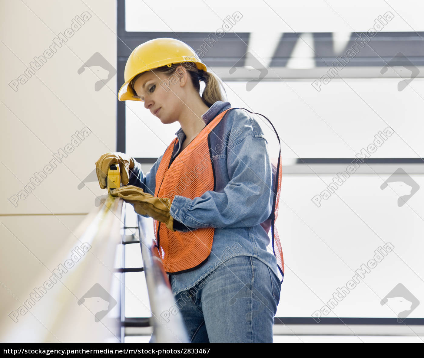 female, construction, worker - 2833467