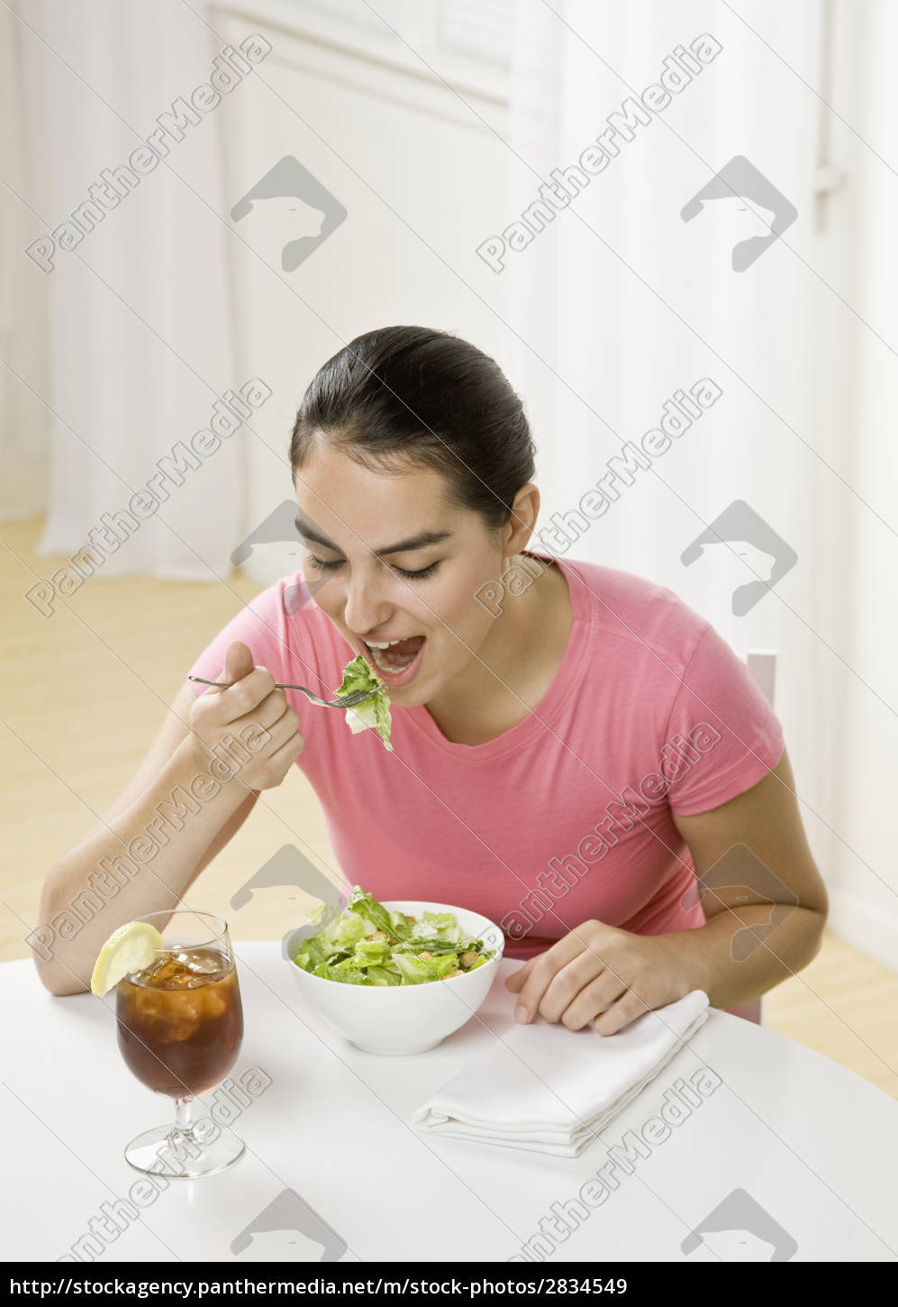 young, woman, eating - 2834549