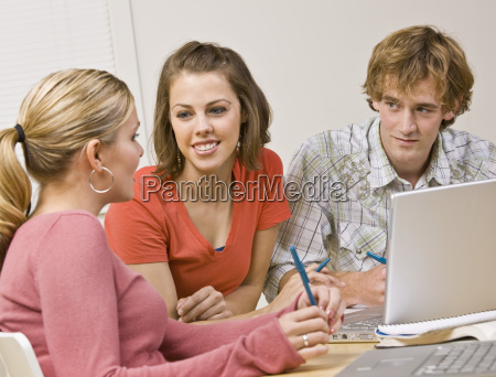 students, studying, together, in, classroom - 2835681