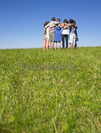 group, of, people, in, huddle, in - 2837705