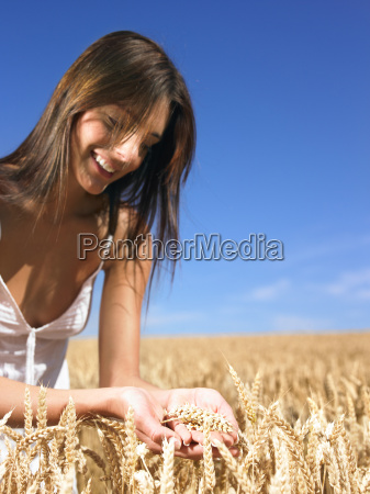 woman, in, wheat, field - 2837891