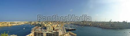 vittoriosa and senglea towns seen from
