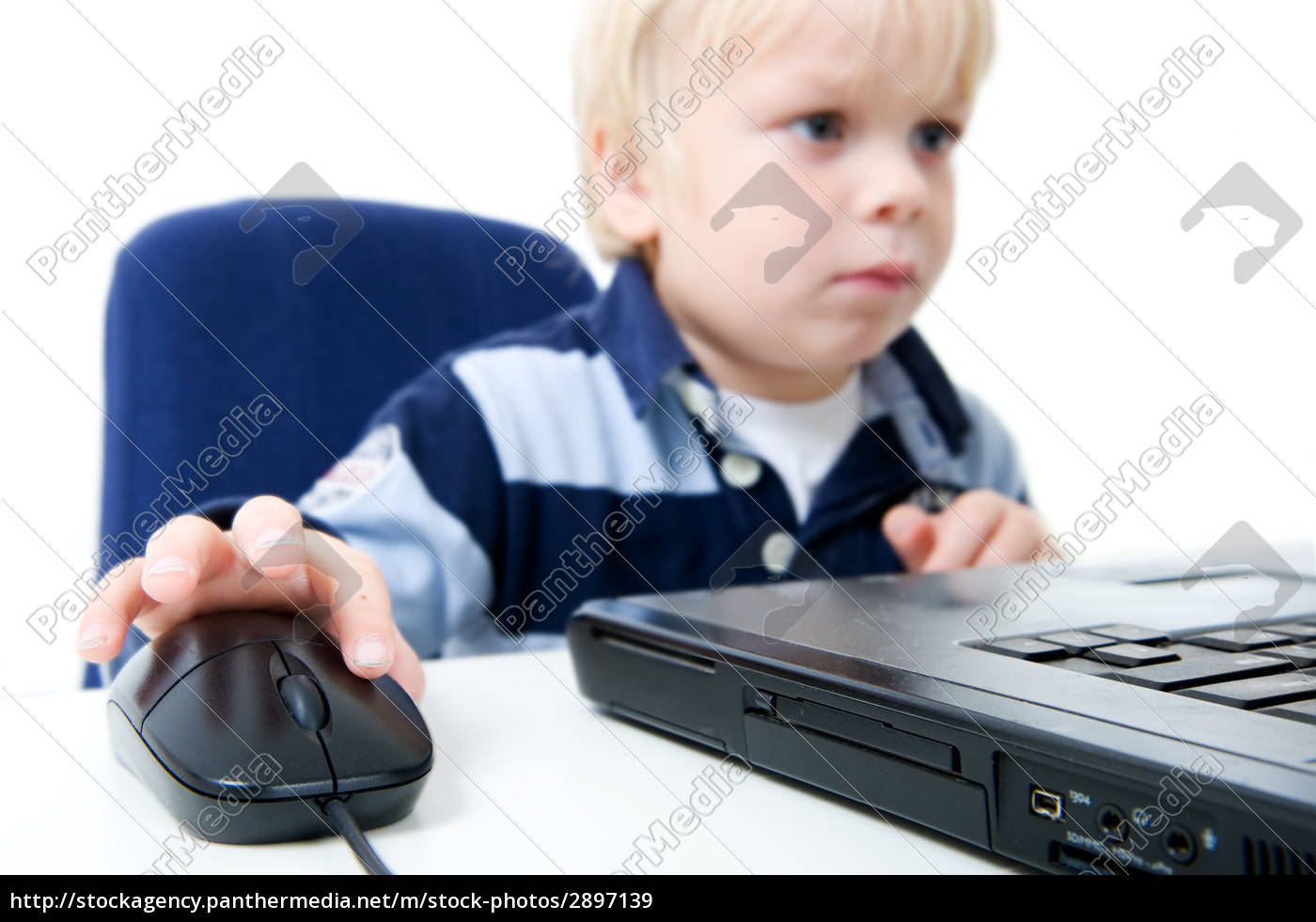 young, boy, using, laptop - 2897139