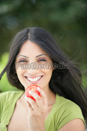 portrait, of, a, smiling, woman, with - 2900187