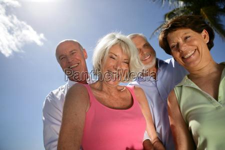group, of, seniors, smiling - 2908261
