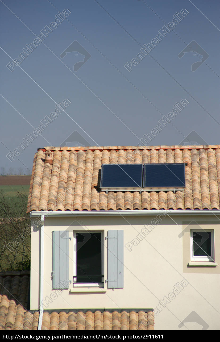 solar, panels, on, the, roof, of - 2911611