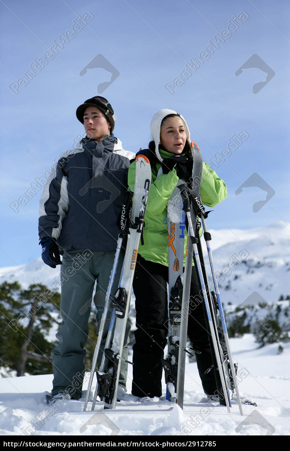 couple, in, snow - 2912785