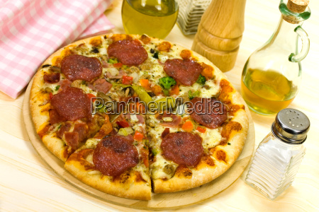 pizza, capricciosa - 2913413