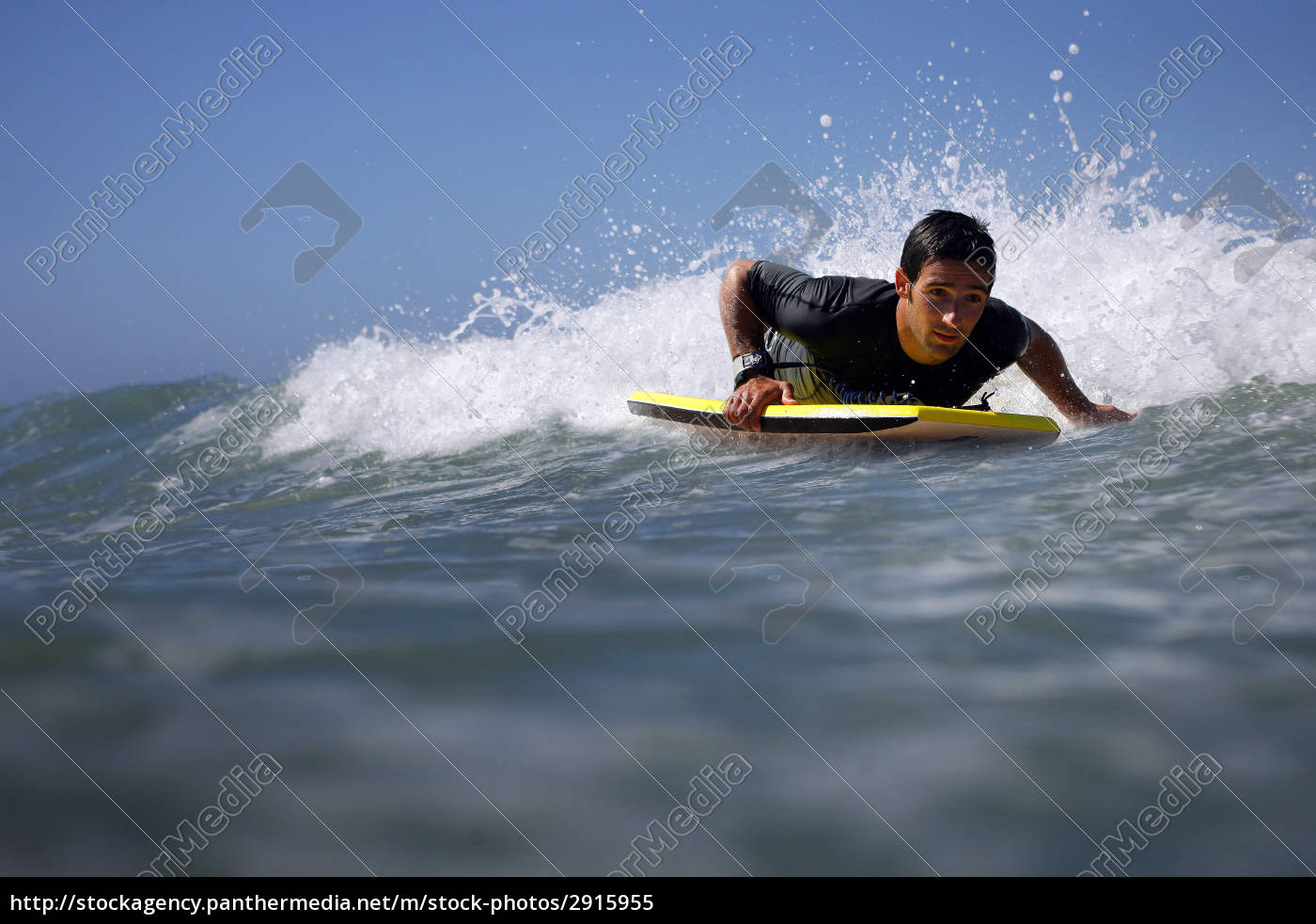 man, overboard, with, bodyboard - 2915955