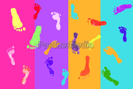 actual, footprints, made, by, children, on - 2989749